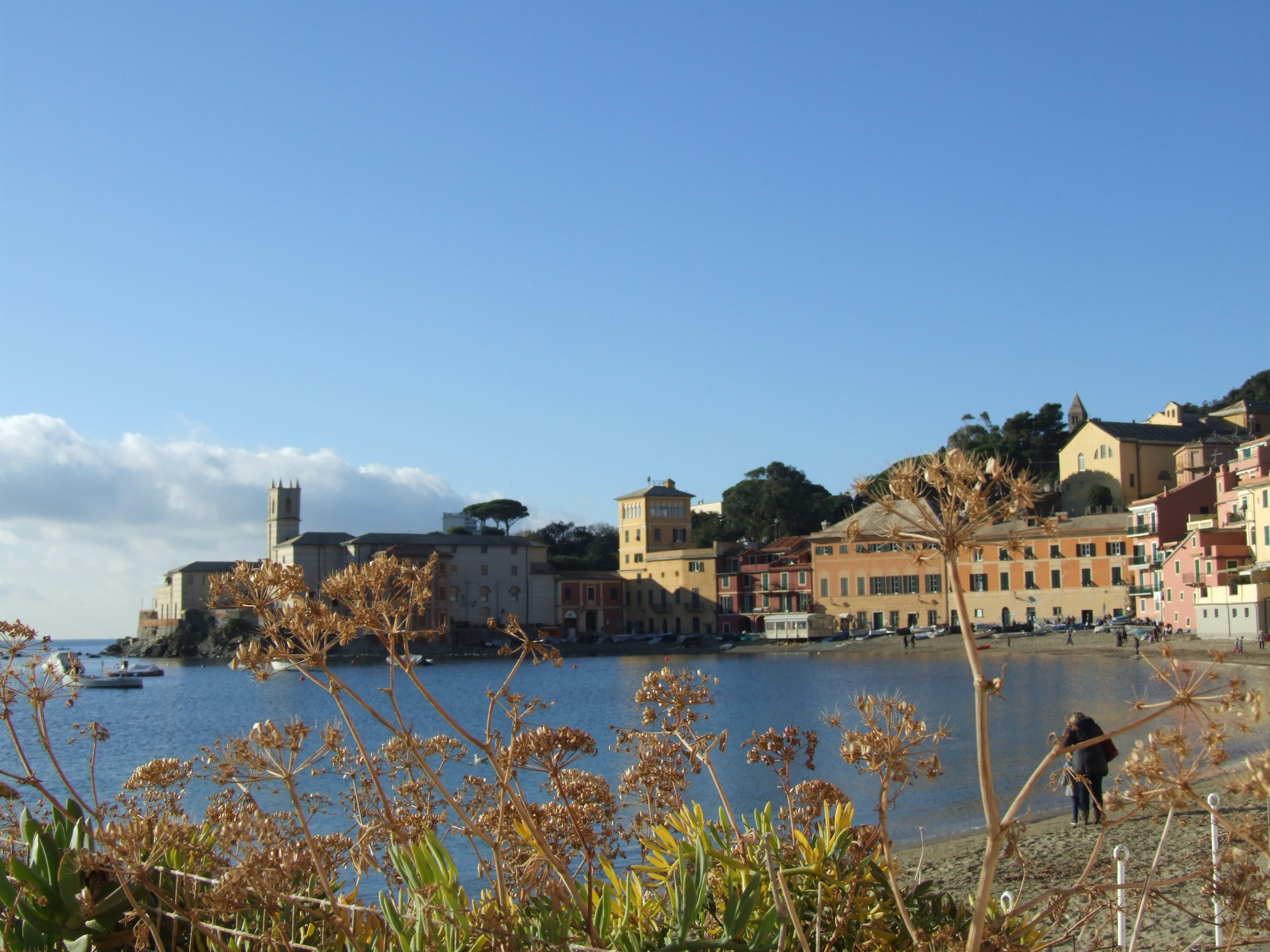 """sestri levante christian singles Baia delle favole or """"bay of fairy tales"""" was named in honor of danish writer, hans christian andersen sestri levante is mentioned by dante alighieri."""